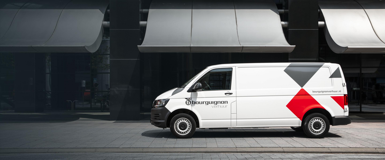 https://aumhyblfao.cloudimg.io/crop/2880x1200/n/https://s3.eu-central-1.amazonaws.com/bourguignon-nl/10/volkswagen_transporter_huren_banner.jpg?v=1-0