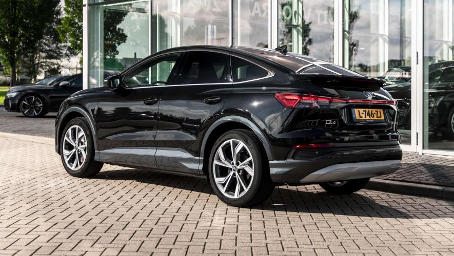 Audi_Q4_Sportback_etron_12