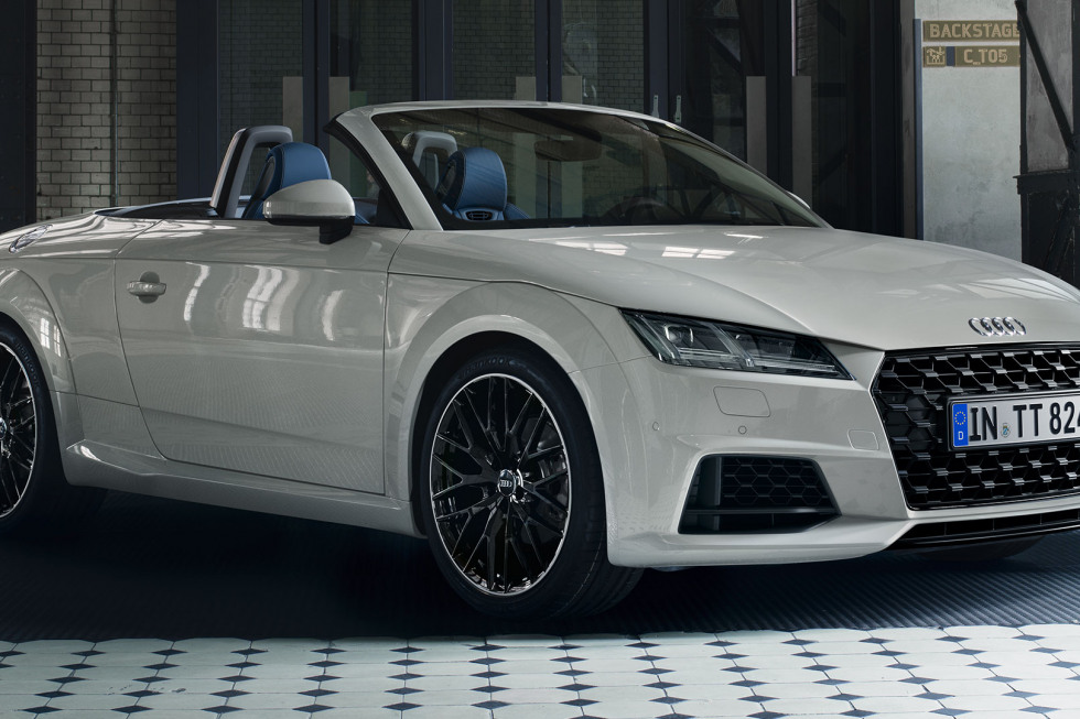 https://aumhyblfao.cloudimg.io/crop/980x653/n/https://s3.eu-central-1.amazonaws.com/bourguignon-nl/03/092019-audi-tt-roadster-14.jpg?v=1-0