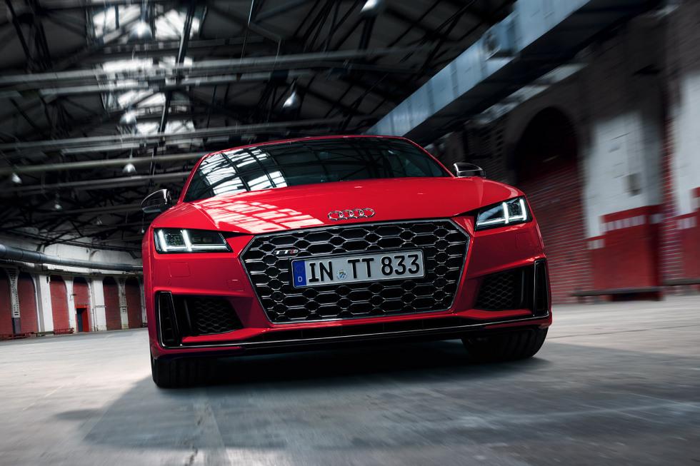 092019 Audi TTS Coupé-03.jpg