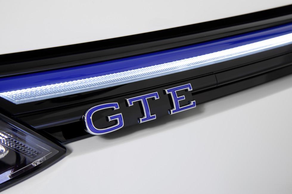 2002-VW-Nieuwegolf (23).jpg