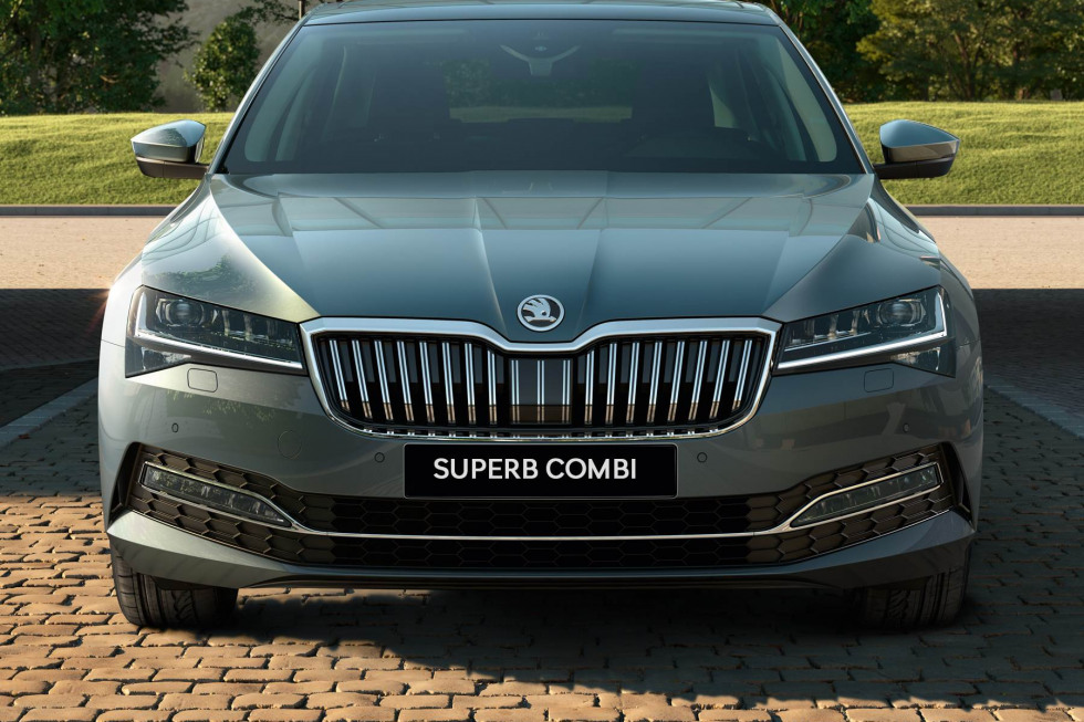 https://aumhyblfao.cloudimg.io/crop/980x653/n/https://s3.eu-central-1.amazonaws.com/bourguignon-nl/07/201909-skoda-superb-combi-01.jpg?v=1-0