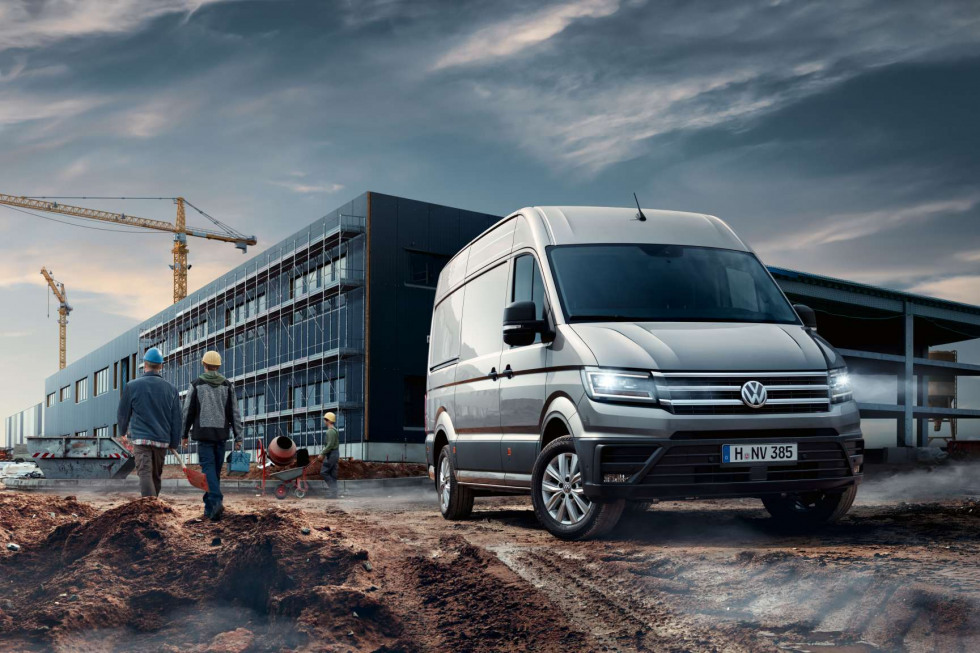 https://aumhyblfao.cloudimg.io/crop/980x653/n/https://s3.eu-central-1.amazonaws.com/bourguignon-nl/09/201908-volkswagen-crafter-03.jpg?v=1-0