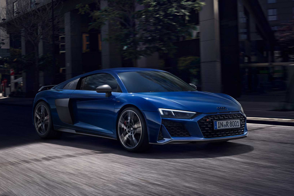 https://aumhyblfao.cloudimg.io/crop/980x653/n/https://s3.eu-central-1.amazonaws.com/bourguignon-nl/10/092019-audi-r8-coupe-performance-03.jpg?v=1-0